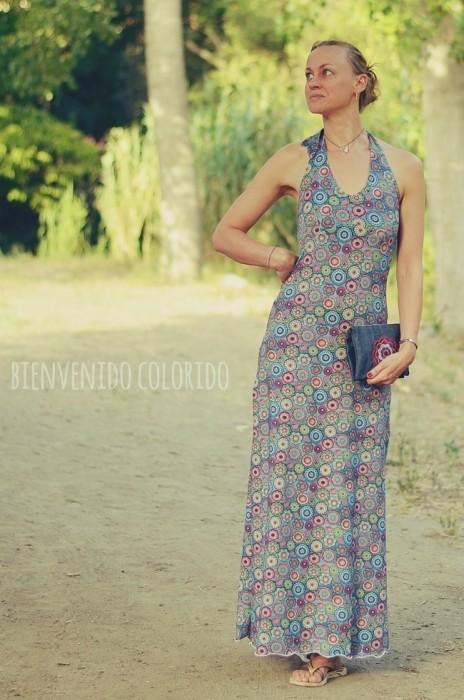 farbenmix_la playa_bienvenido colorido_maxikleid_denim crochet_regenbogenbuntes_clutch_Taschenspieler