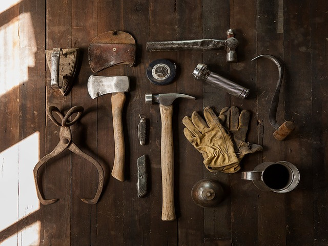 antichi attrezzi del carpentiere