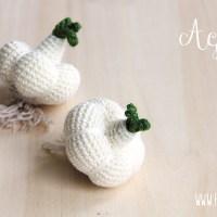 Gli schemi delle verdure amigurumi: aglio a uncinetto.