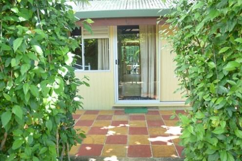 Grand bungalow : entrée