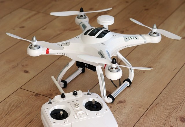 Quadrocopter drones for kids