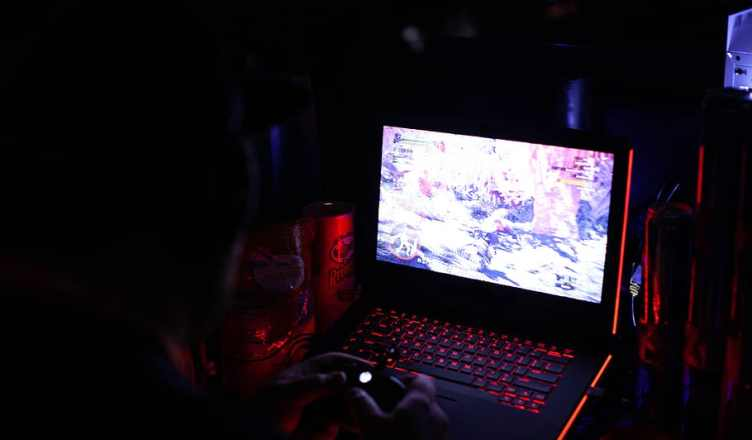 5 Gaming Laptops with specs