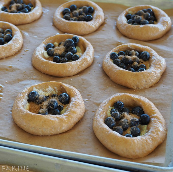 Add blueberries and sprinkle with sugar
