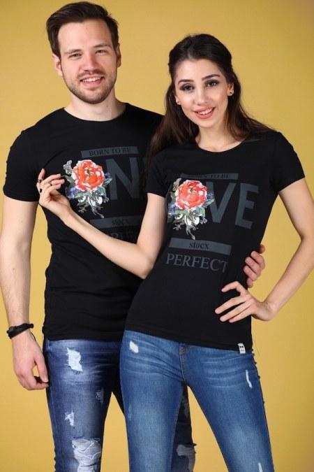 çok beğenilen sevgili tişört kombinleri