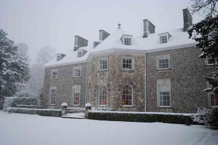 rear elevation in the snow