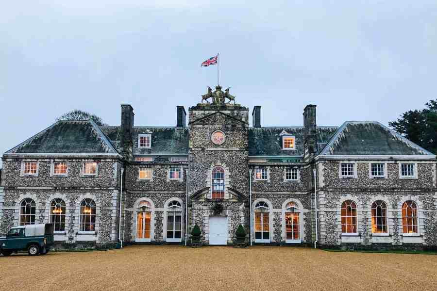 farleigh house facade with landrover