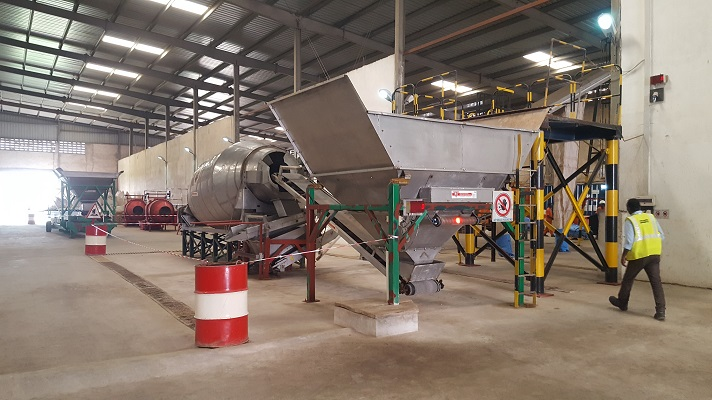 Fertiliser blending and bagging equipment