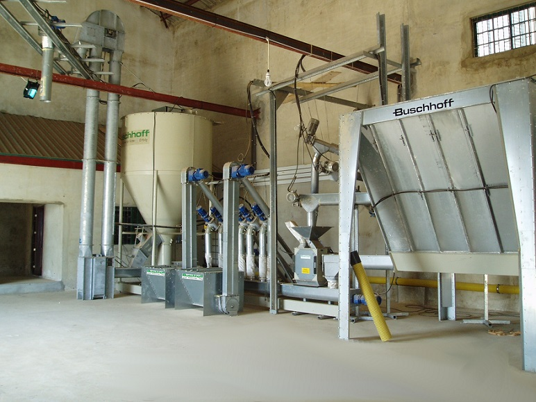 "High quality ""Mill and Mix"" at larger agricultural African farms"