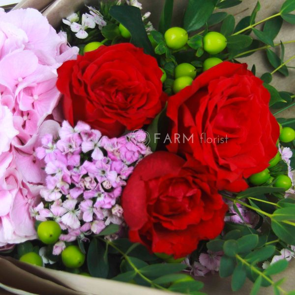 Laura Bouquet by Farm Florist Singapore Close Up