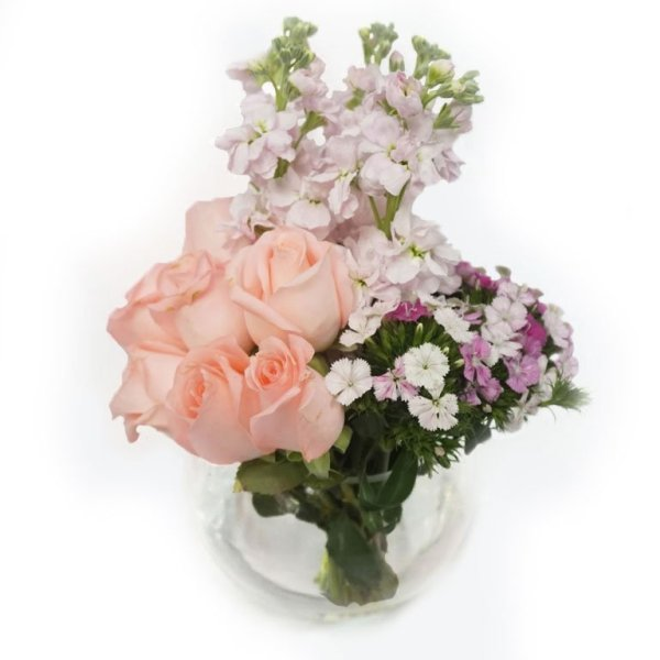 Giselle Rose flower arrangement