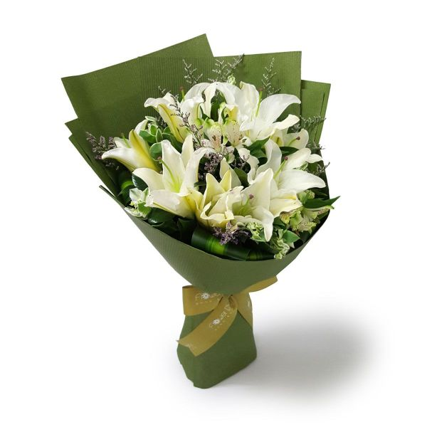 Insigne 10 white lilies by farm florist singapore