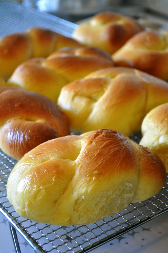 My Grandmother's Portuguese Sweet Bread | farmgirlgourmet.com #outofthekitchen