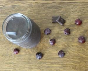 Dark Chocolate Cherry Smoothie