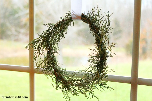 cedar-mini-wreath7.jpg