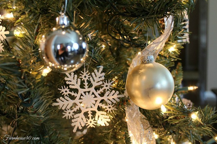 Christmastreeornaments 3442