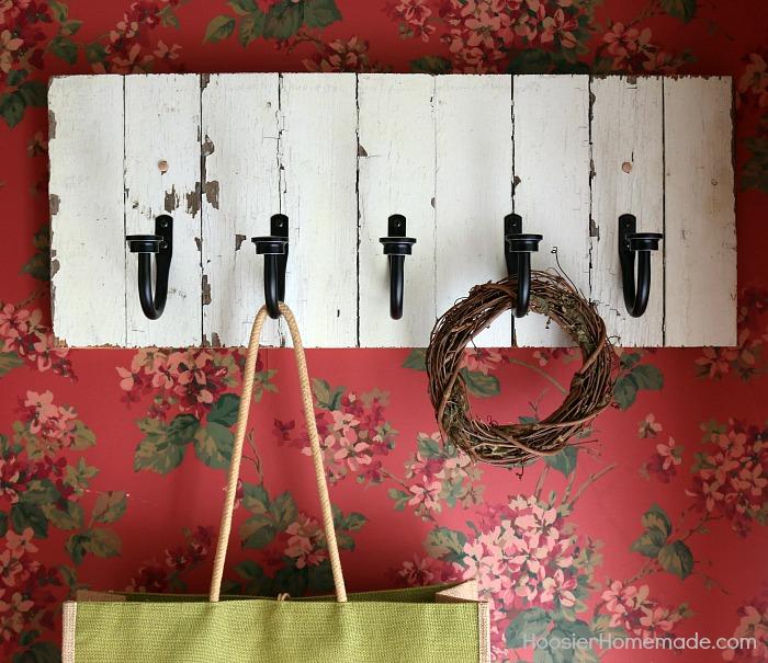 Farmhouse-Front-Foyer.rack_