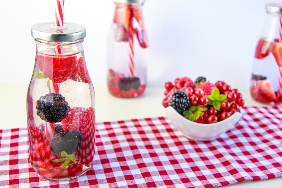 Berries and fruit picnic