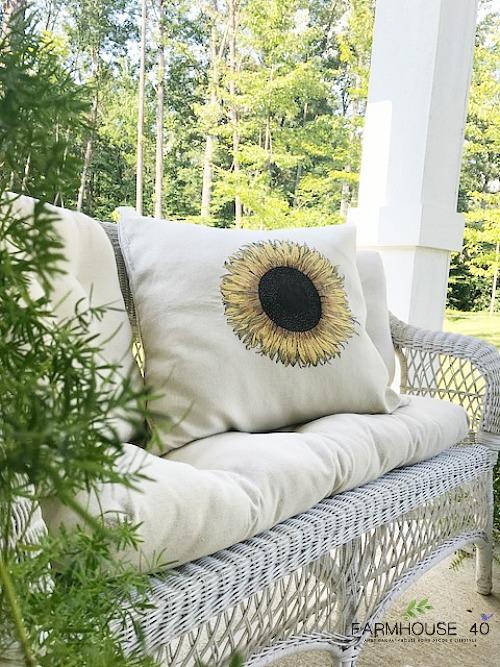 sunflower-pillow