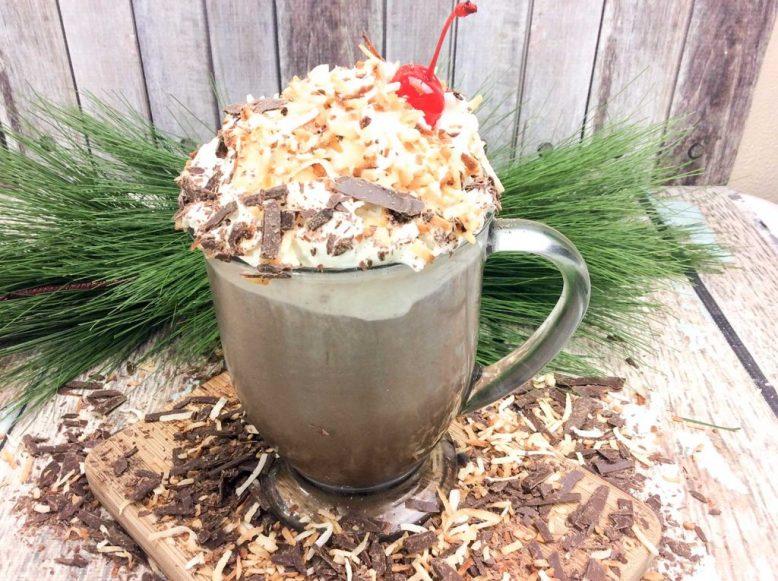 coconut-rum-hot-cocoa