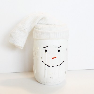 DIY MASON JAR SNOWMAN