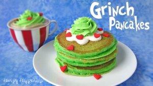 Grinch pancakes