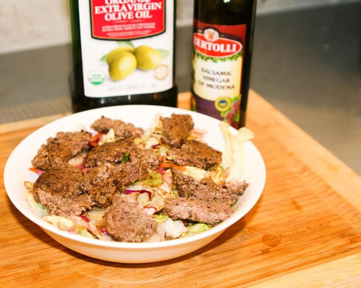Whole-30-Steak-Salad