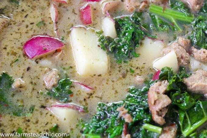 This Whole30 Zuppa Toscana is out of this world! With potatoes, Italian sausage and kale, it tastes just like the Olive Garden equivalent, but it's healthy!