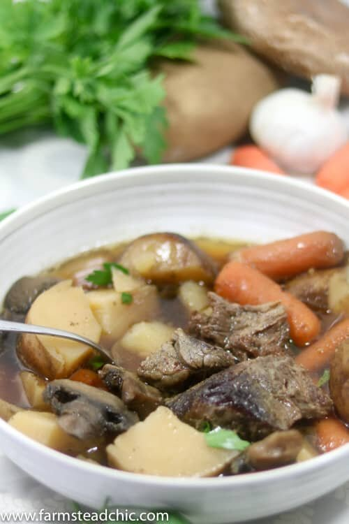 This Whole30 Slow Cooker Beef Stew requires less than 10 ingredients with minimal prep + cleanup. A healthy, flavorful Crock Pot dinner for the whole fam!