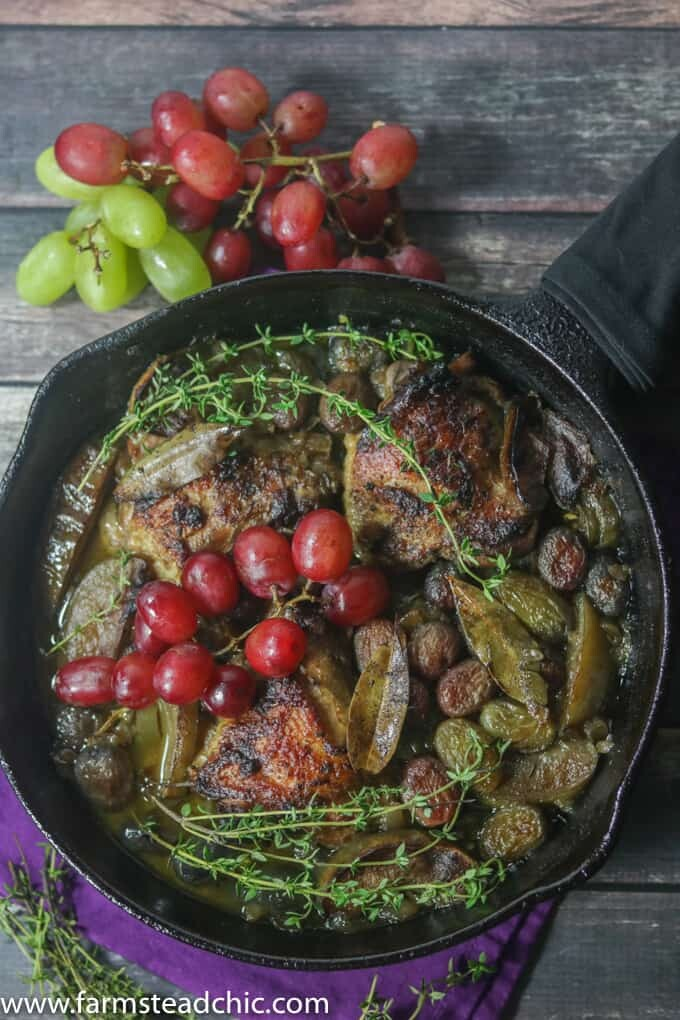 Paleo And Whole30 Chicken Thighs With Roasted Apples And Grapes