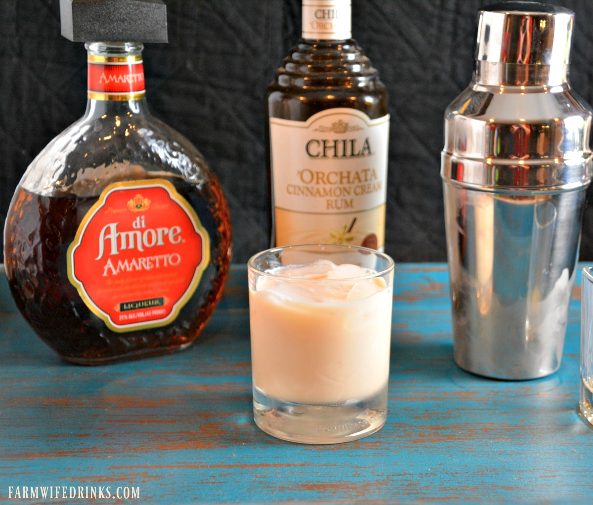 This sweet and creamy cocktail combine the cinnamon flavor from orchata with almond flavor from amaretto for a perfect cocktail.