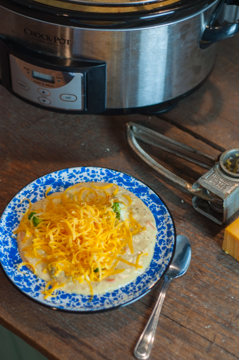 Crock Pot Broccoli Cheese Soup is an easy recipe that the whole family will love.