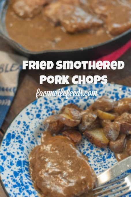These Fried Smothered Pork Chops from Farmwife Feeds are an easy recipe using boneless chops that cook quickly and get supper on the table fast. #pork #castiron #gravy