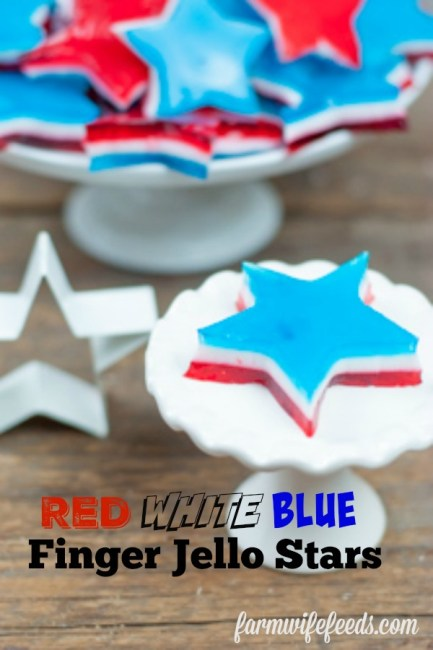Red White and Blue Jello Finger Stars from Farmwife Feeds are fun for all ages to make and eat, on special occasions or just for fun. #jello #4th #stars #redwhiteblue