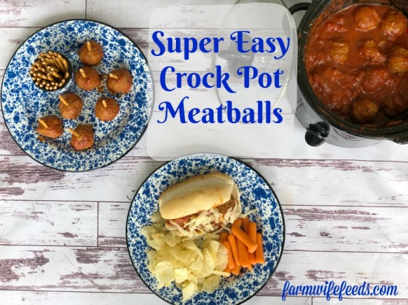 Super Easy Crock Pot Meatballs from Farmwife Feeds are a great easy meal or great tailgating option. #meatballs #crockpot #slowcooker #tailgate