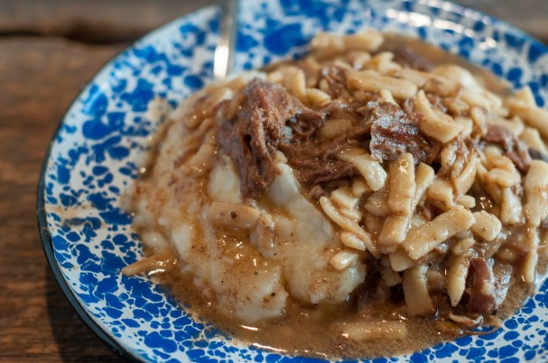 Crock Pot Beef & Noodles from Farmwife Feeds is an easy dump and go recipe that is crowd & family pleaser! #recipe #beef #crockpot #slowcooker