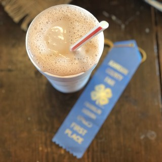 County Fair Chocolate Milkshakes from Farmwife Feeds are super simple with 2 quality ingredients for that summer time fair taste. #milk #icecream #milkshake #dairy