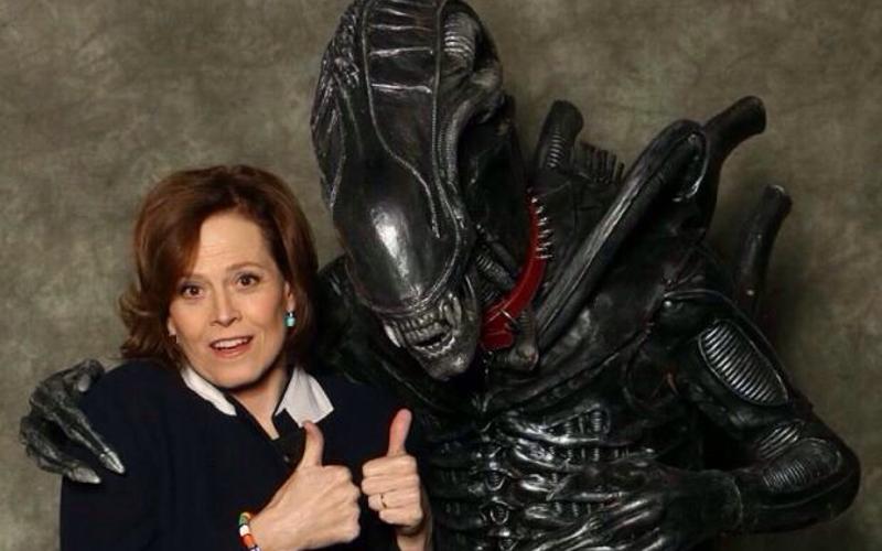 amigos-aliens