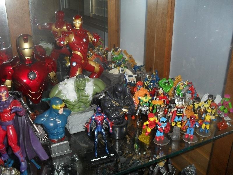 Diversos bustos e Estátua do Homem de Ferro - Meus bonecos - 2013 - Blog Farofeiros