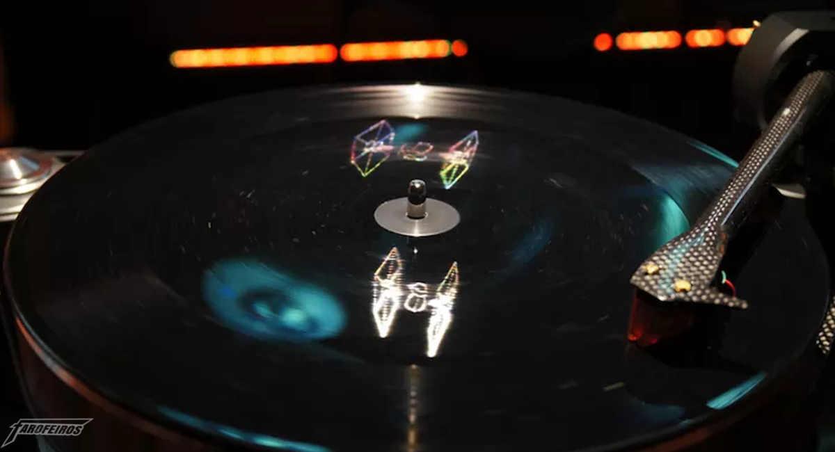 Disco com holograma de Star Wars