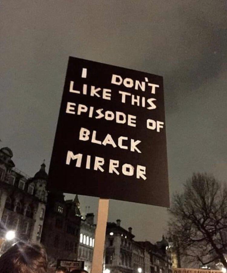 Memes para usar durante a quarentena - Blog Farofeiros - Black Mirror