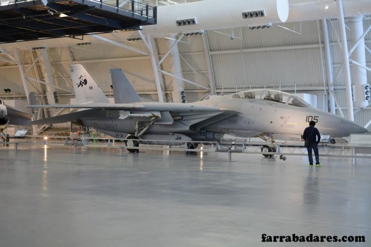 F-14, o avião do Tom Cruise em Top Gun - Air and Space Museum em Chantilly