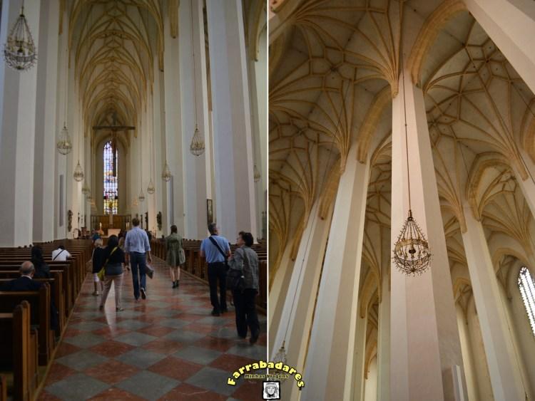 Interior de Igreja Frauenkirche - Munique