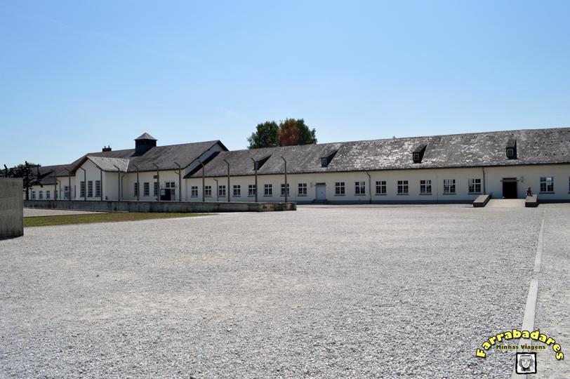 Dachau - prédio de manutenção que hoje abriga um museu