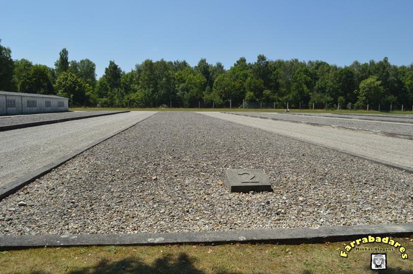 Dachau - neste espaço ficava o alojamento de número 2