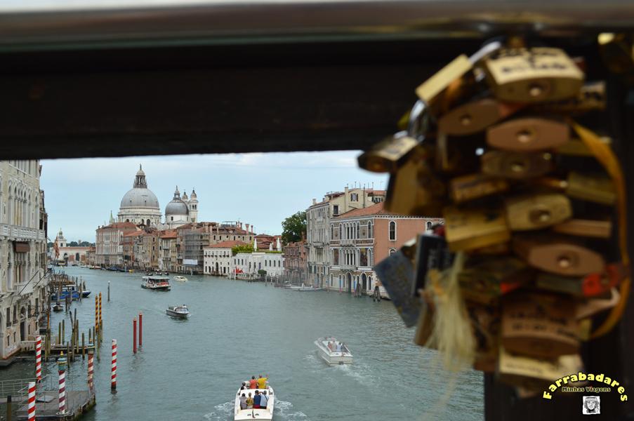 O Grande Canal de Venaza com a Igreja de San Marco ao fundo