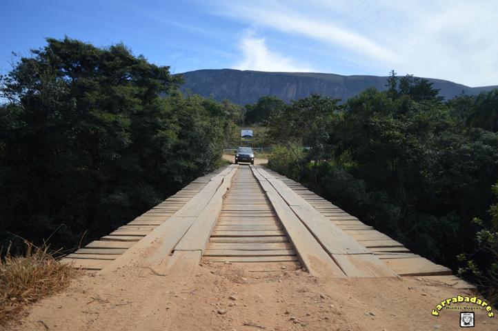 Serra da Canastra - ponte sob o Rio São Francisco