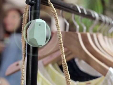 Beacon on clothes rack