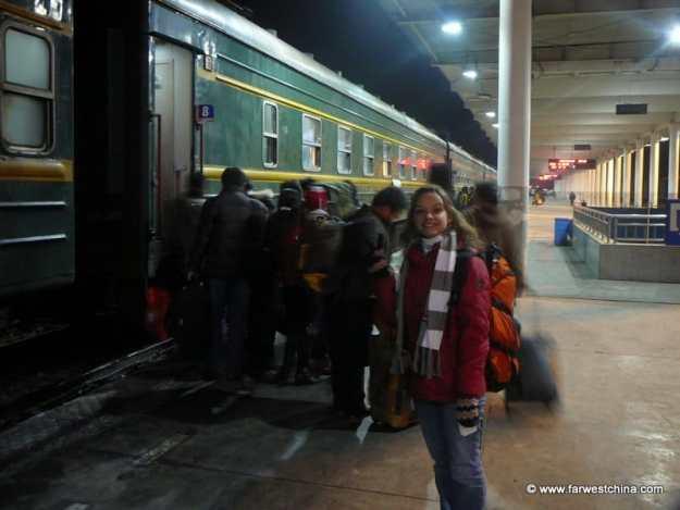 Boarding the train at Urumqi station