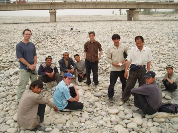 Uyghur locals hunt for jade in the Hotan River
