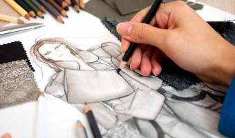 Tech companies are wooing young fashion design students